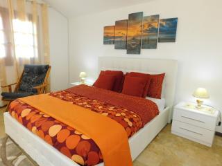 casa vacanze volpe dell'etna - Nicolosi vacation rentals