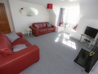 Nice Condo with Internet Access and Television - Burntisland vacation rentals
