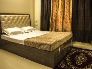 Single Private Room in 2 bhk Service apt - Mumbai (Bombay) vacation rentals