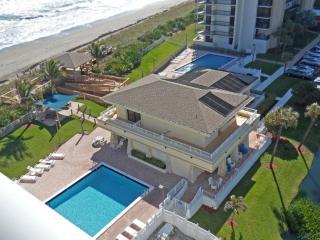 Hutchinson Island / Jensen Beach Oceanfront  condo - Jensen Beach vacation rentals
