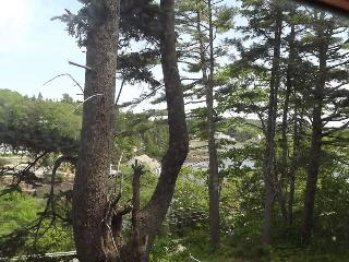 Perfect House with Porch and Microwave - Boothbay vacation rentals