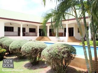 Villas for rent in Khao Tao: V5311 - Khao Tao vacation rentals