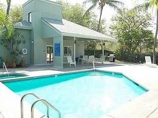 Kailua Bay Resort FANTASTIC IN TOWN LOCATION - Kailua-Kona vacation rentals