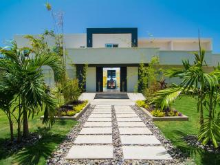 Dreamtime by the Sea, Montego Bay 5BR - Ironshore vacation rentals