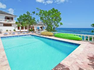 5 bedroom House with A/C in Ocho Rios - Ocho Rios vacation rentals