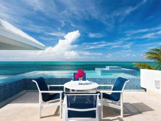 Perfect 2 bedroom Vacation Rental in Grace Bay - Grace Bay vacation rentals
