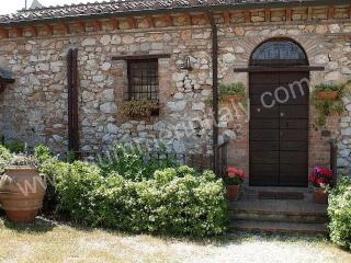 Charming 6 bedroom House in Narni - Narni vacation rentals