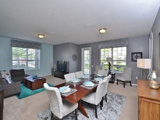 3BR / 2BA ground floor condo, spacious living room and a big gourmet kitchen! - Orlando vacation rentals