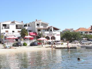 Romantic 1 bedroom Apartment in Drage with Internet Access - Drage vacation rentals