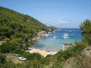 5748  H(6) - Cove Stoncica (Vis) - Cove Stoncica vacation rentals