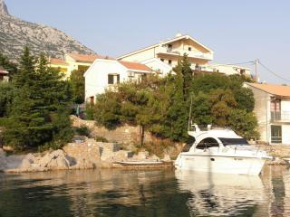 5797 Rozi(2+2) - Ribarica - Croatia vacation rentals