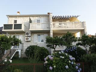 Romantic 1 bedroom Apartment in Supetar with Television - Supetar vacation rentals