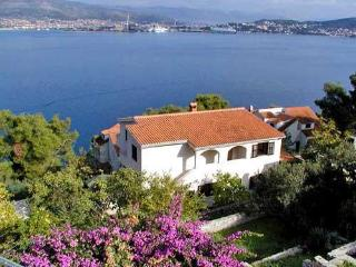 Nice House with Internet Access and A/C - Okrug Donji vacation rentals