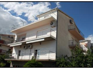 1 bedroom Condo with Television in Podstrana - Podstrana vacation rentals