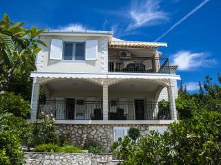 01812OKRG A1(6) - Okrug Gornji - Okrug Gornji vacation rentals