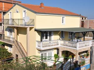 2 bedroom Apartment with Television in Drage - Drage vacation rentals