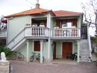 Nice Condo with Television and DVD Player - Pakostane vacation rentals
