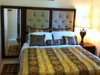 Cozy 3Bdr/2Bath. 10 mins to Downtn. Very Safe Area - New Orleans vacation rentals