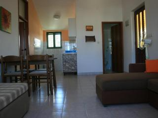 Romantic 1 bedroom Condo in Jezera - Jezera vacation rentals