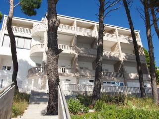 Nice Brela Condo rental with Television - Brela vacation rentals