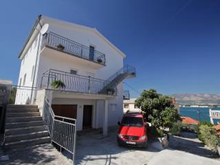 Romantic 1 bedroom Apartment in Arbanija - Arbanija vacation rentals