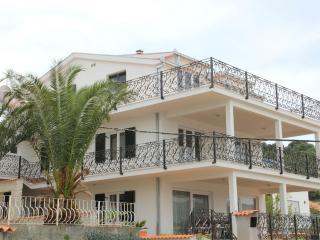 35679 A2(4+2) - Mastrinka - Mastrinka vacation rentals