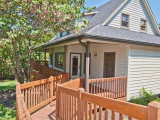 3 Bedroom Estate Home - Camdenton vacation rentals