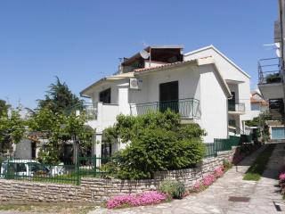 2 bedroom Apartment with Television in Biograd - Biograd vacation rentals