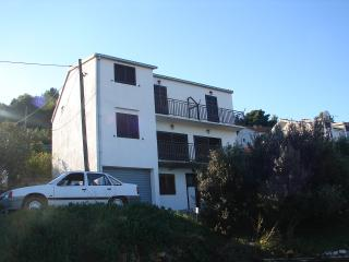 Cozy 2 bedroom Condo in Vis with A/C - Vis vacation rentals