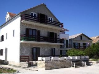 Romantic 1 bedroom Apartment in Betina - Betina vacation rentals