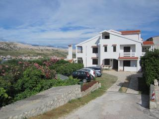 Nice Condo with Television and Satellite Or Cable TV - Pag vacation rentals