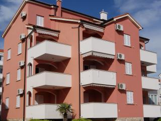 2 bedroom Apartment with Television in Novalja - Novalja vacation rentals