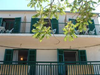 00103HMIL SA3(2) - Milna (Hvar) - Milna vacation rentals