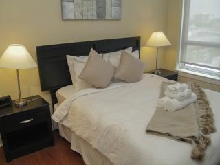 Upscale Center City Living at 1900 Arch St. 1 BR - Philadelphia vacation rentals