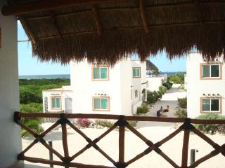 2 bedroom Villa with Internet Access in Telchac Puerto - Telchac Puerto vacation rentals