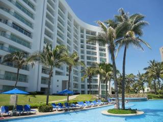 4 bedroom Apartment with A/C in Acapulco - Acapulco vacation rentals