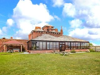 ROA ISLAND HOUSE, family friendly, character holiday cottage, with hot tub in Roa Island, Ref 8088 - Cumbria vacation rentals