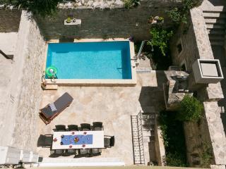 Villa Kala -house with pool - Makarska vacation rentals