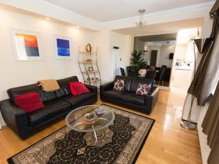 Spacious, Comfy with Pool - London vacation rentals