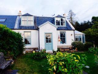 Millburn Cottage, Kilfinan,  Tighnabruaich - Tighnabruaich vacation rentals