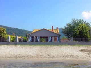 Nice Villa with Internet Access and A/C - Ormos Prinou vacation rentals