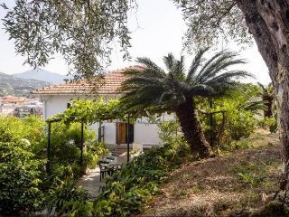 Relax e natura.. a 300 mt da Portobello! - Sestri Levante vacation rentals