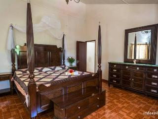 4 bedroom House with Internet Access in Vacoas - Vacoas vacation rentals