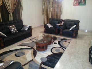 4 bedroom villa in Serrekunda, Manjai Kunda Gambia - Serekunda vacation rentals