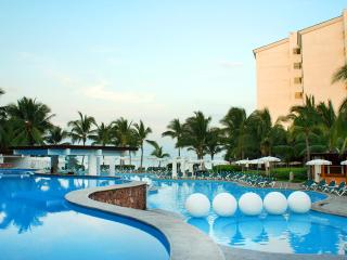 1BR Apartment luxury Beach Resort Puerto Vallarta - Puerto Vallarta vacation rentals