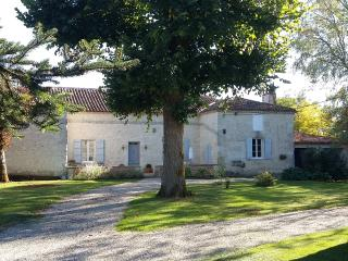 gite de Montastruc ,maison de charme en Gascogne - Lot-et-Garonne vacation rentals