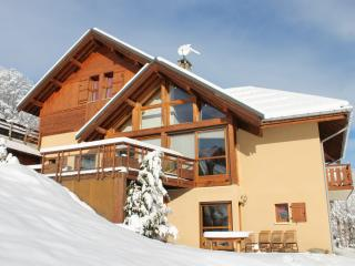 "Grands appartements en Chalet ""Le Gros Grenier"" - Valloire vacation rentals"