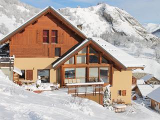 "Grands appartements en Chalet ""Le Gros Grenier"" - Valloire vacation rentals"