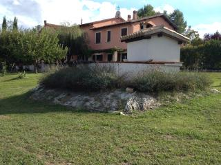 3 bedroom Condo with Internet Access in Spoleto - Spoleto vacation rentals