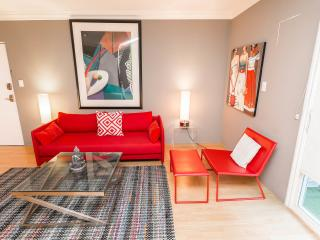 CLASSY+RUNYON+NEW+3 BIG BEDS+A/C+WiFi+HDTVs+Hip - West Hollywood vacation rentals